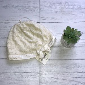 NWT Janie and Jack knitted hat w/bow